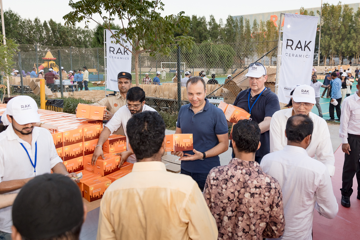 RAK Ceramics receives Global Giving Award